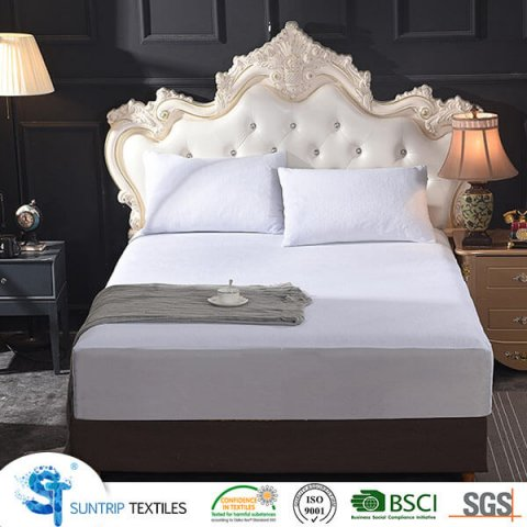 Breathable Coral Fleece Mattress Protector